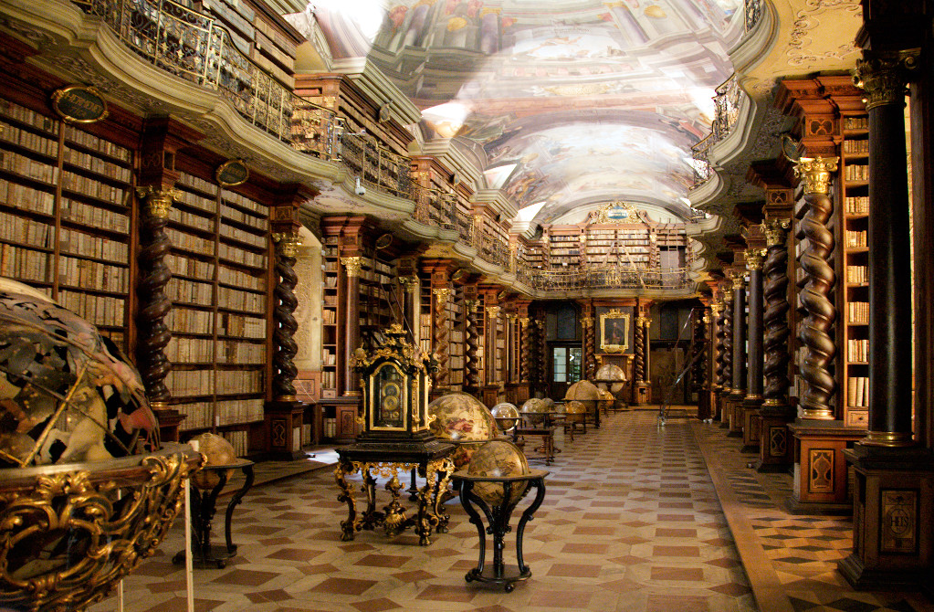 'Clementinum library' by BrunoDelzant - Flickr: [1]. Licensed under CC BY 2.0 via Commons - https://commons.wikimedia.org/wiki/File:Clementinum_library.jpg#/media/File:Clementinum_library.jpg