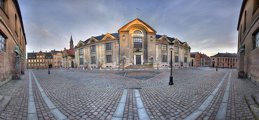 'University Main Building' by Mik Hartwell - Copenhagen University Main Building. Licensed under CC BY-SA 2.0 via Commons - https://commons.wikimedia.org/wiki/File:University_Main_Building.jpg#/media/File:University_Main_Building.jpg