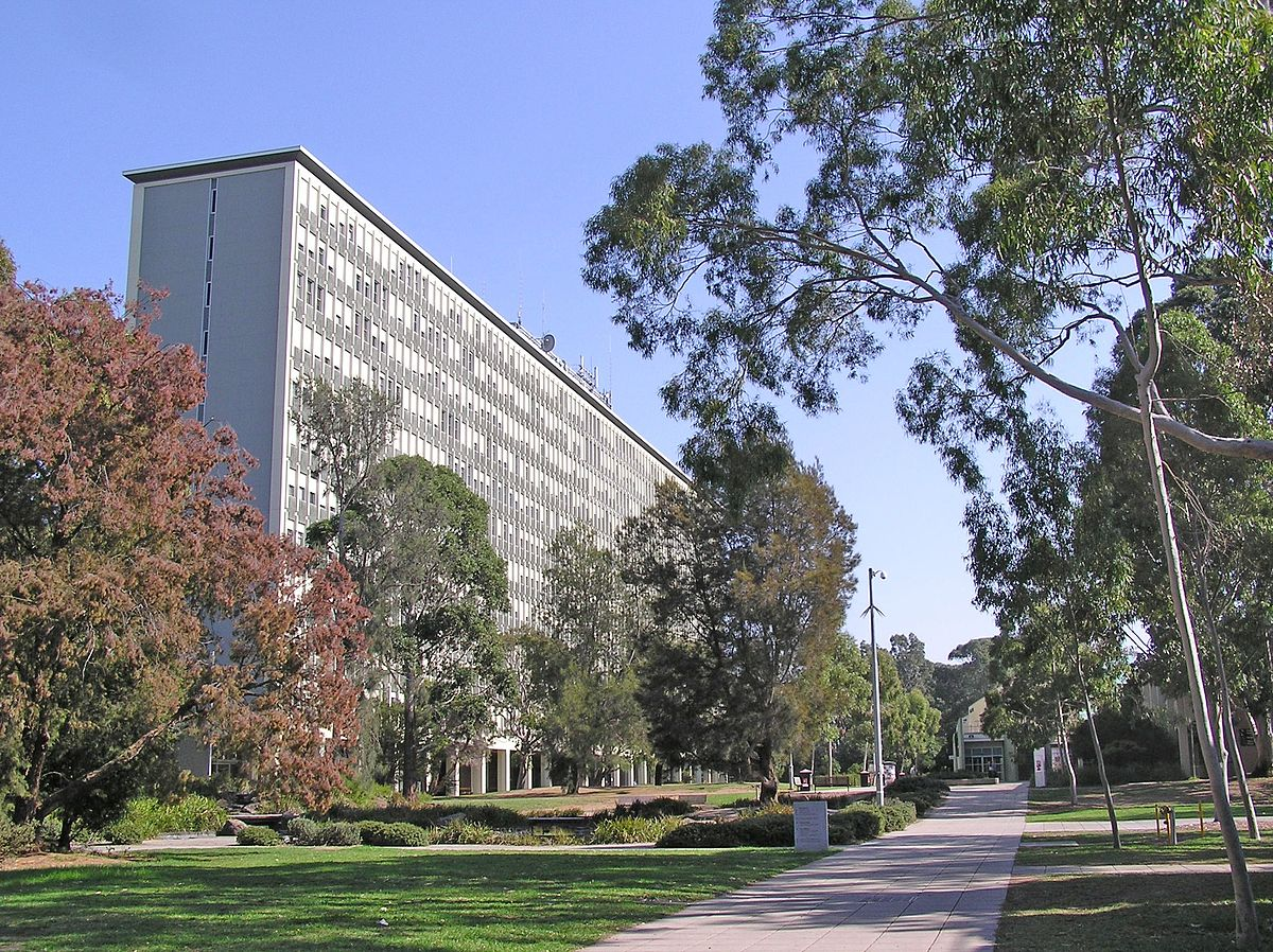 'Clayton - Monash University' by Donaldytong - Own work. Licensed under Public Domain via Commons - https://commons.wikimedia.org/wiki/File:Clayton_-_Monash_University.jpg#/media/File:Clayton_-_Monash_University.jpg