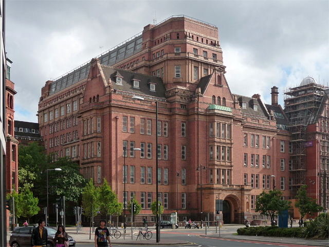 'UMIST Sackville Street Building' by Stephen Richards - http://www.geograph.org.uk/photo/2755566. Licensed under CC BY-SA 2.5 via Commons - https://commons.wikimedia.org/wiki/File:UMIST_Sackville_Street_Building.jpg#/media/File:UMIST_Sackville_Street_Buil